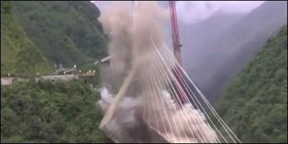 Destruyen puente
