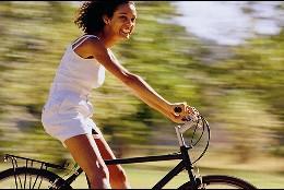 Chica en bici