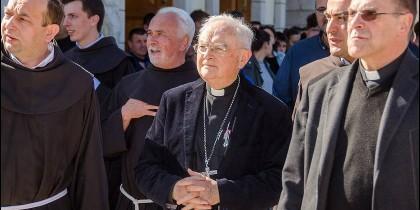 Monseñor Hoser en Medjugorje