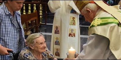 El cardenal de Valencia felicita a los mayores en la festividad de San Joaquín y Santa Ana, abuelos de Jesús