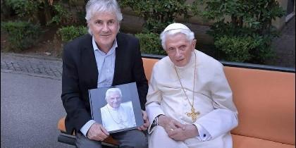 Stefano Spaziani, con el Papa Benedicto