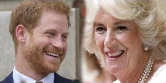 El príncipe Harry juzga a Camilla: