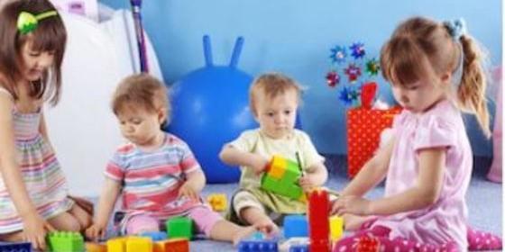 Niños juguetes