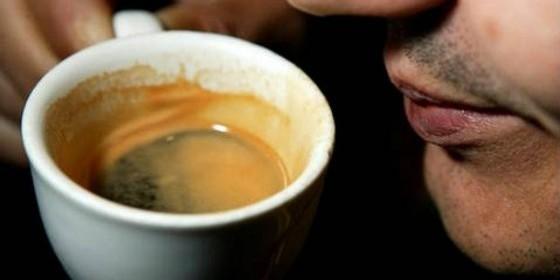 Beber café.jpg