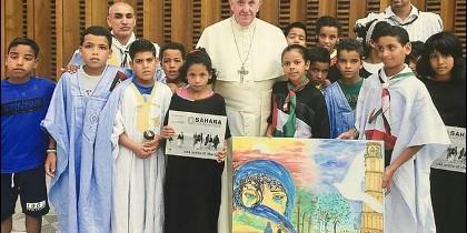 Francisco, con los chicos del Sáhara