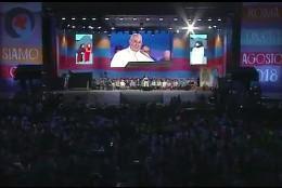 'La Iglesia necesita vuestra intuición, vuestros sueños', afirma en el Circo Máximo