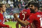 Diego Costa junto a Gierzmann celebra un gol en la final de la Supercopa UEFA entre Real Madrid y Atlético Madrid.