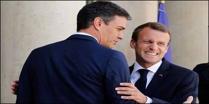 Emmanuel Macron (FRANCIA) con Pedro Sánchez (ESPAÑA).