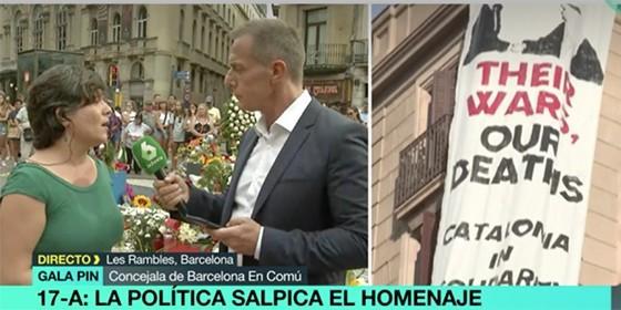 Gala Pin contesta bobadas a Hilario Pino con una pancarta contra el Rey al lado.
