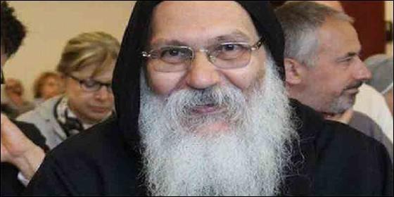 El obispo Epiphanius, abad a cargo del monasterio de San Macarius ubicado en Wadi el-Natrun