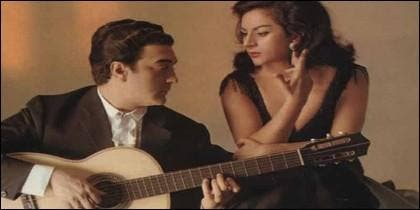 """Lola Flores y su marido """"El Pescailla""""."""