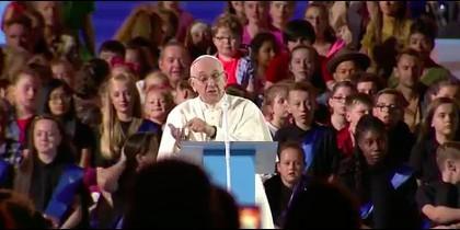 Francisco vuelve a denunciar la cultura del descarte durante la multitudinaria Fiesta de las Familias de Dublín