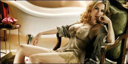 Kira Miró en ropa interior.