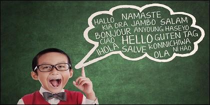 Un hiperpolíglota es una persona capaz de hablar entre 6 y 10 idiomas.