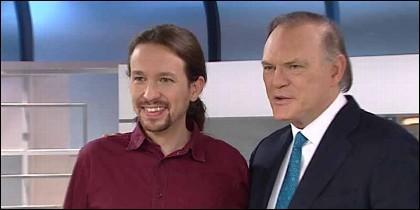 Pedro Piqueras entrevista a Pablo Iglesias en Informativos Telecinco.