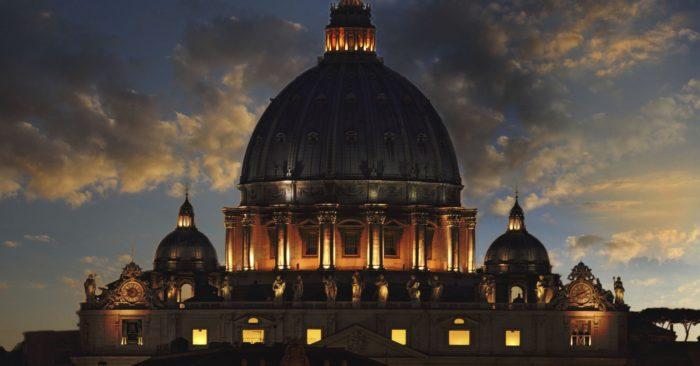 Bono Vox visita al Papa y apoya a Scholas: la revolución educativa