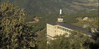 La Virgen de los Lirios