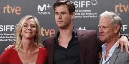 Chris Hemsworth con su padre