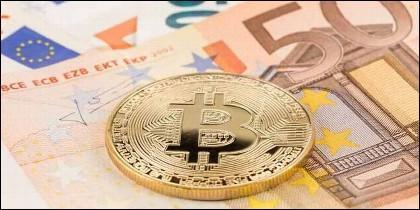 Criptodivisas, bitcoin, euro y monedas virtuales.