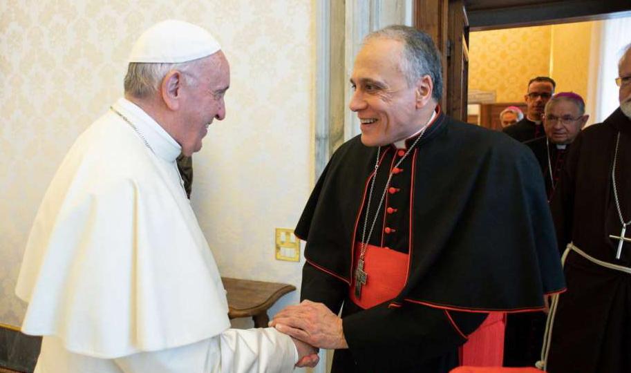El Papa Francisco sufrió una caída pero