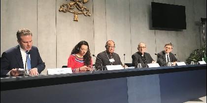 El cardenal de Barcelona defiende 'la pluralidad de la Iglesia' durante el Sínodo