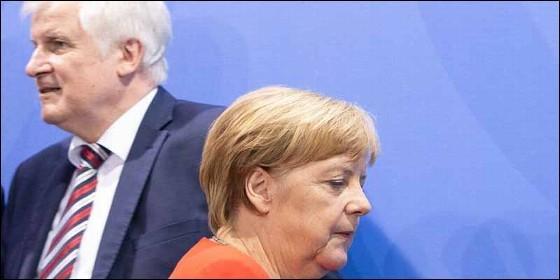 Horst Seehofer y Angela Merkel.