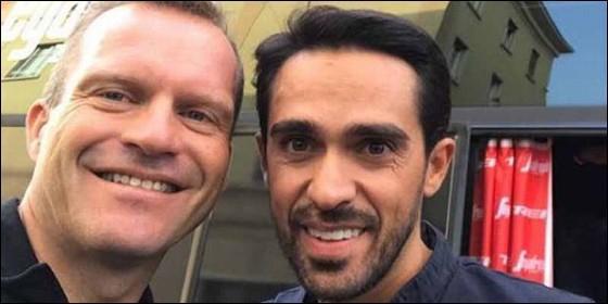 Steven De Jongh y Alberto Contador.