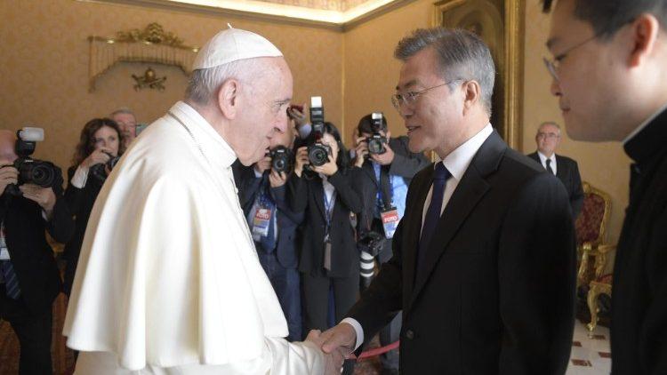 El Papa recibe en audiencia al presidente de la República de Corea