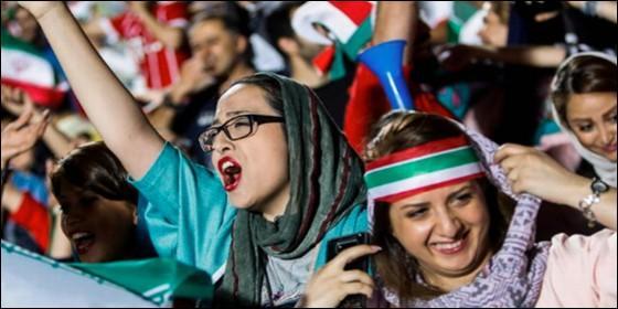 Mujeres fútbol Irán