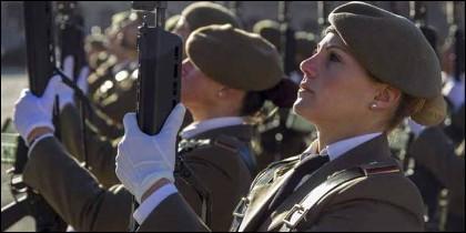 Mujeres Miitares en el Ejército de España.