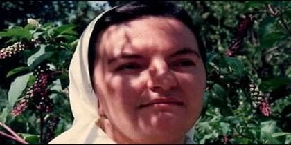 La ex-religiosa Araceli Mayans, de joven