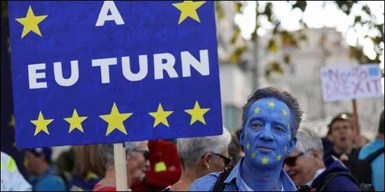 Un manifestante en la marcha convocada por 'People's Vote' contra el Brexit.