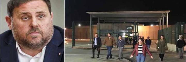 Pablo Iglesias saliendo de la prisión de Lledoners tras entrevistarse con Oriol Junqueras.