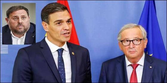 Pedro Sánchez entre Juncker y Junqueras.