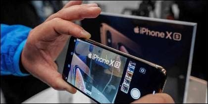 El teléfono móvil iPhone X.