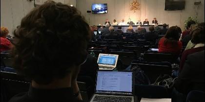 Los padres sinodales abordan los escándalos de pederastia en el seno de la Iglesia