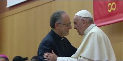 El Papa y Spadaro