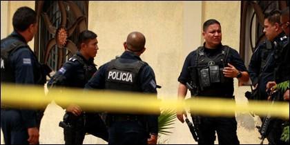 Policia en México