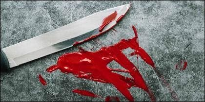 Cuchillo, puñal, homicidio, crimen.