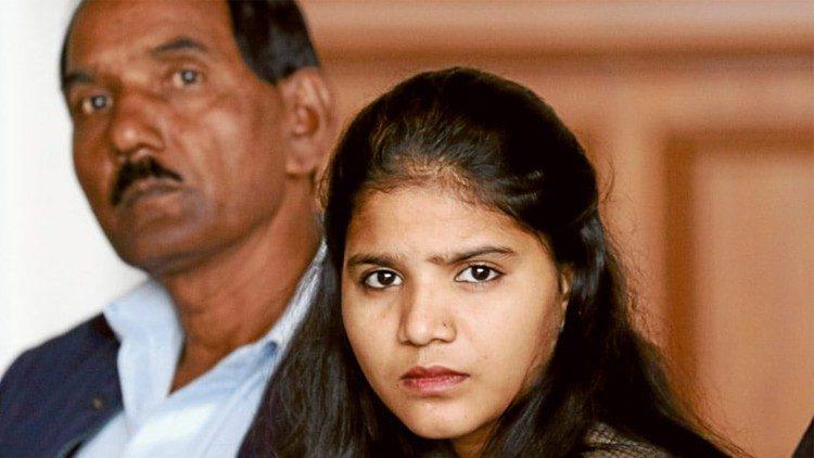 EL marido de la paquistaní Asia Babi pide asilo para su familia