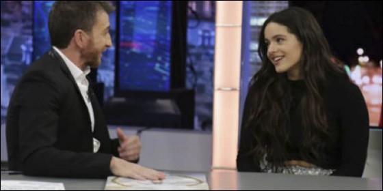 Dani Martín, protagonista inesperado de la entrevista a Rosalía en 'El Hormiguero'