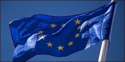 La Unión Europea y su bandera.