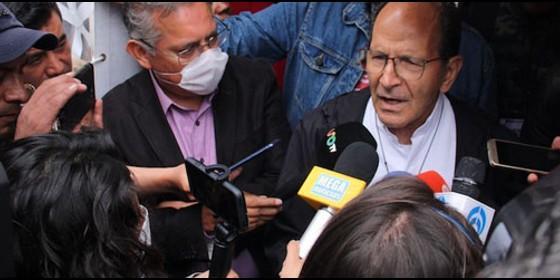 Alejandro Solalinde habla a los medios de comunicación