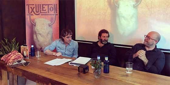 Iñaki López de Viñaspre, Imanol Jaca y Richard Turner.