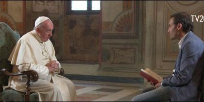 El Papa habla sobre el fin de la vida en una entrevista con Marco Pozza en Tv2000