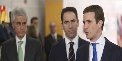 Adolfo Suárez Illana, Teodoro García Egea y Pablo Casado, el secretario general del PP.