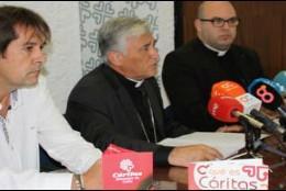 En primer término, Juan Luis Torrejón y el obispo Zornoza