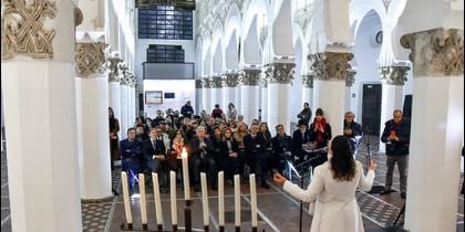 La cantante israelí Noa actúa en la Sinagoga Mayor de Toledo