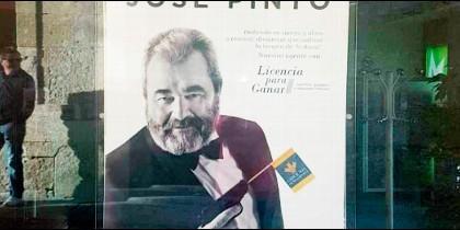 José Pinto en los carteles publicitarios