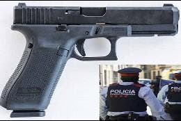 La pistola Glock 17M, arma de reglamento de los Mossos d'Esquadra catalanes.